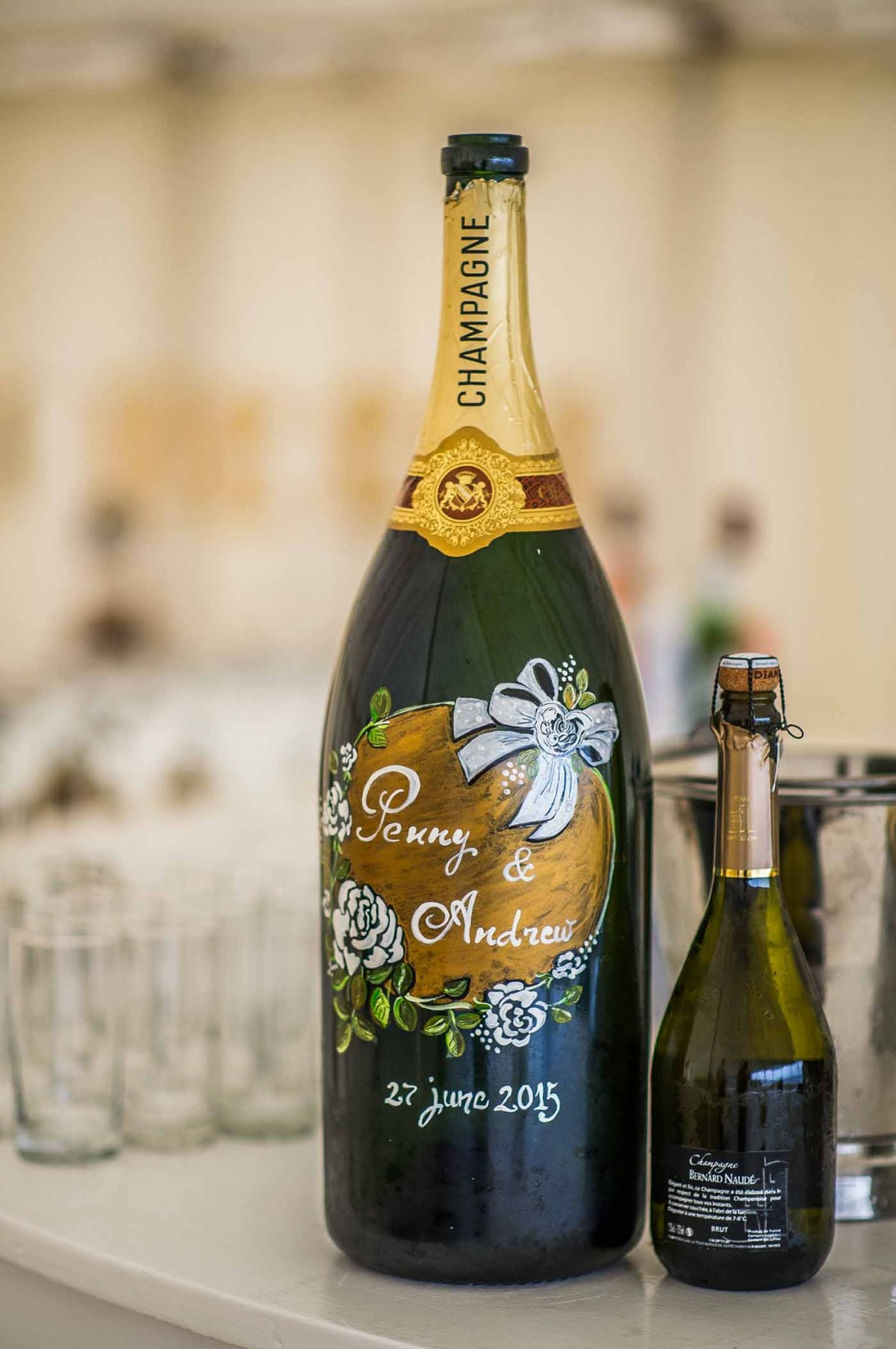 huge-personalised-wedding-Champagne-bottle-GRW-Photography
