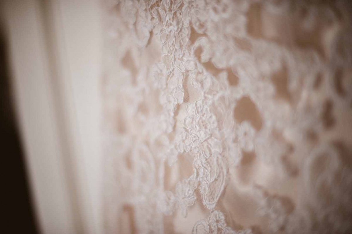 lace-wedding-dress-GRW-Photography
